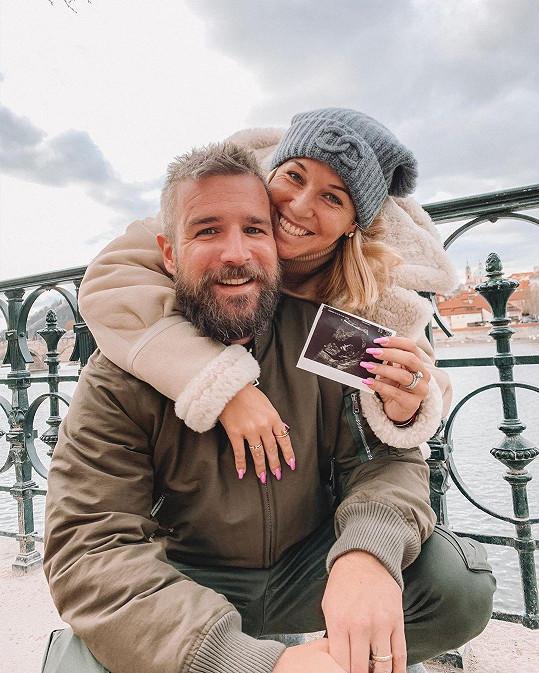 Dominika Cibulková bude maminkou.