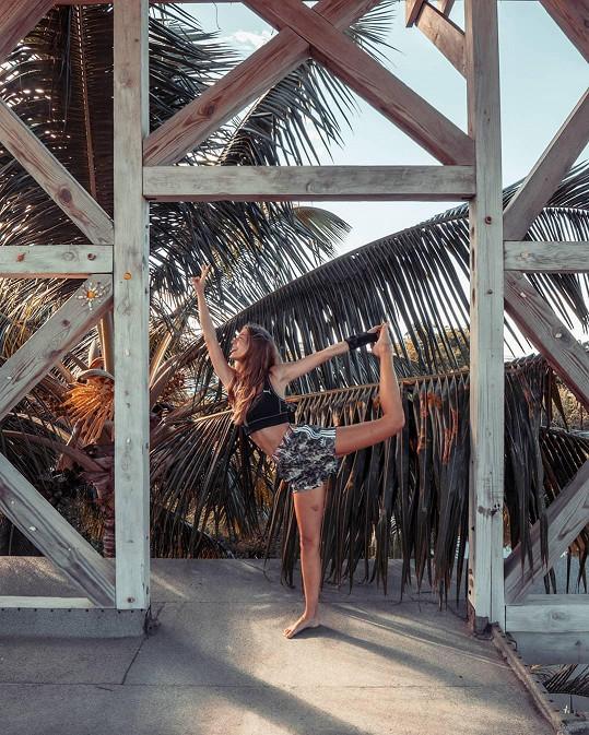 V Karibiku se věnuje také józe a poctivému odpočinku.