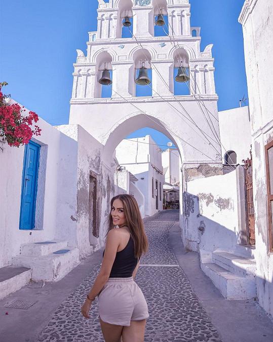 Týnuš si užívá na romantickém souostroví v Egejském moři.