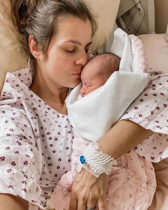Ornella Koktová s malou dcerkou