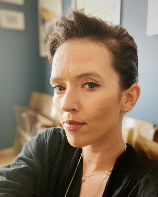 Tamara Klusová uvažuje o ostříhání.