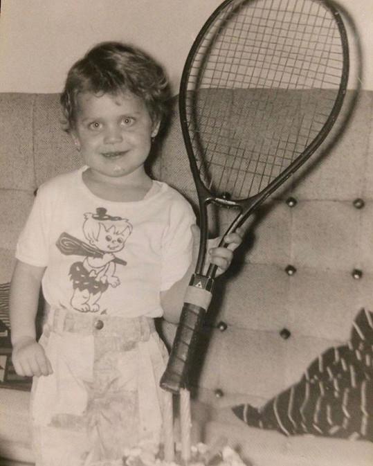 Lucie Šafářová v době, kdy začínala s tenisem.