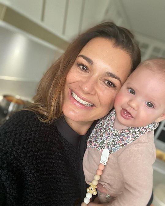 Šeredová se svou dcerkou