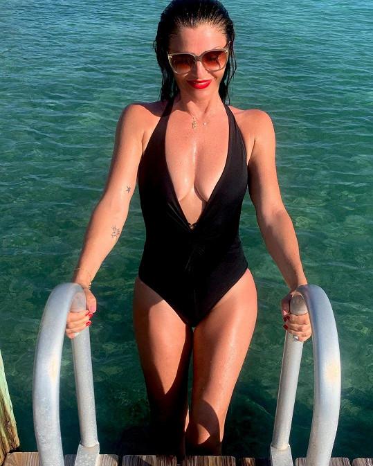 Helena Christensen vypadá stále naprosto skvěle a na své postavě pravidelně pracuje.