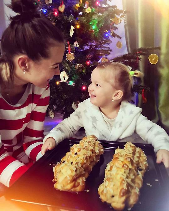 Vánočky na stole nesmí chybět.