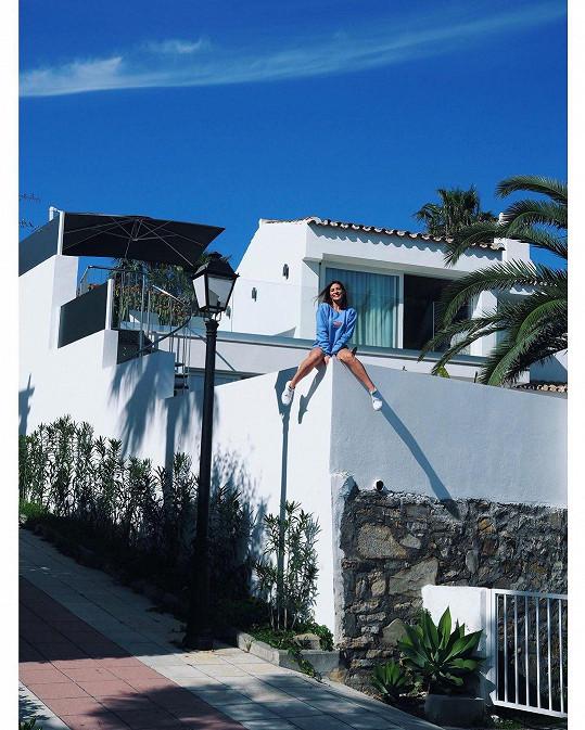 Zakotvili v malebné obci Estepona, které se nachází na pobřeží Costa del Sol v jižním Španělsku.