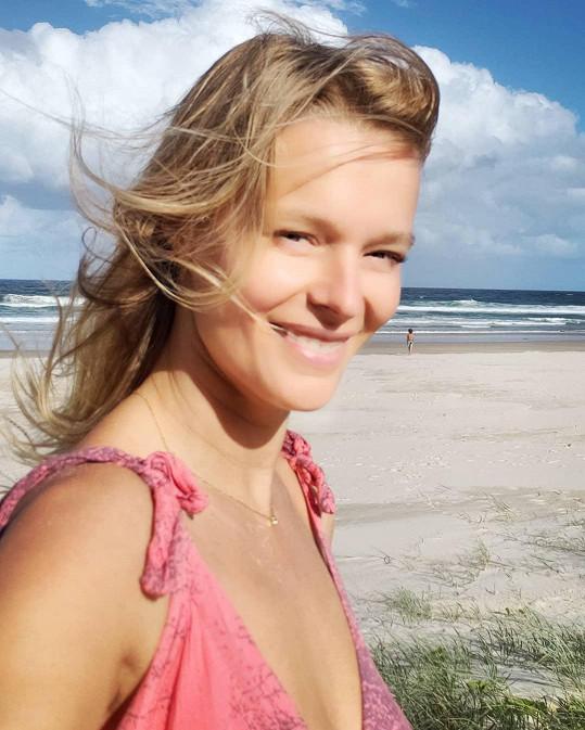 Helena Houdová již několik let cestuje po světě.