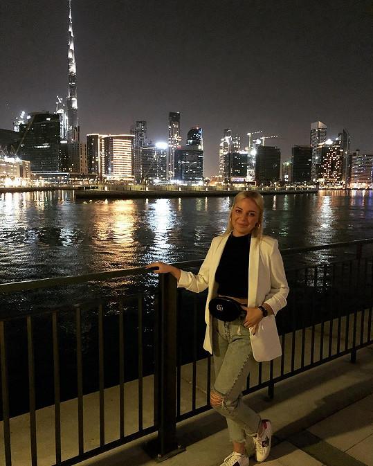 Teď spolu vyrazili na romantickou dovolenou do Dubaje.