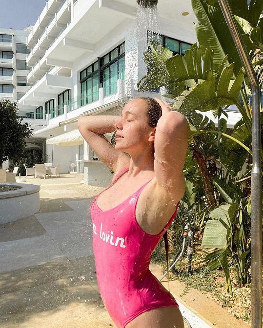 Herečka odletěla relaxovat na Kypr.
