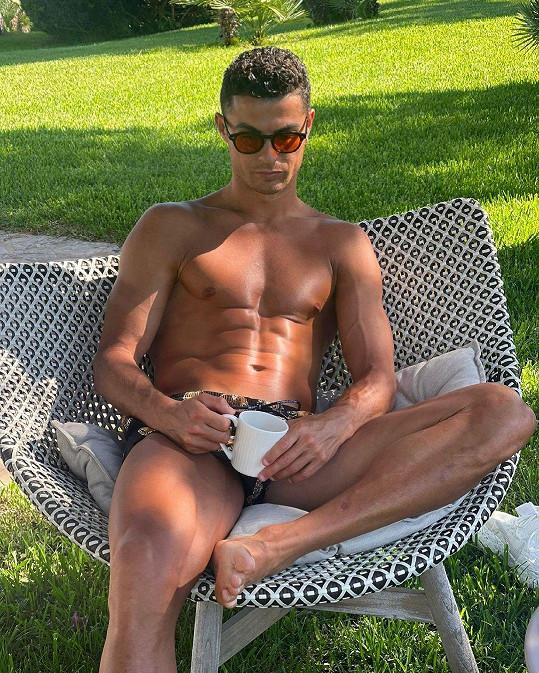 Ronaldo se udržuje v kondici pevným režimem.