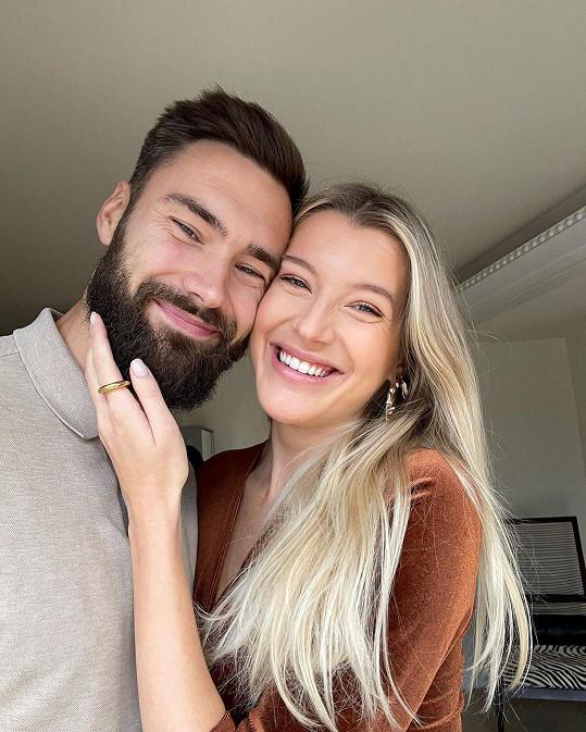 Jitka Nováčková a fotbalista Tim Sparv se stali rodiči holčičky Leah Elissy.