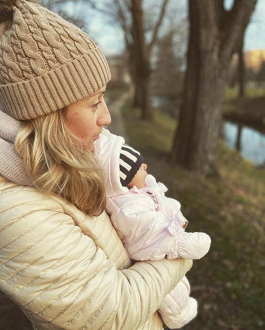 Tereza se po porodu nijak zvlášť neomezuje.