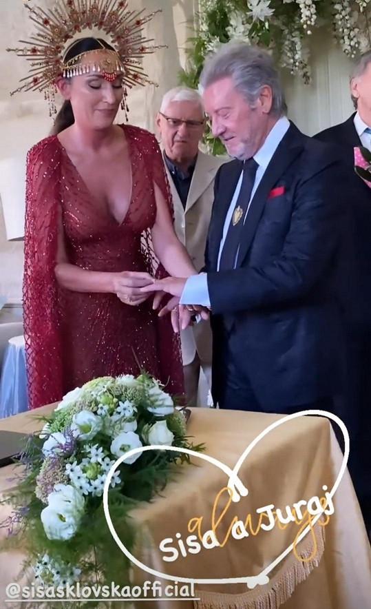 S manželem Jurajem Lelkesem si znovu vyměnili prstýnky.