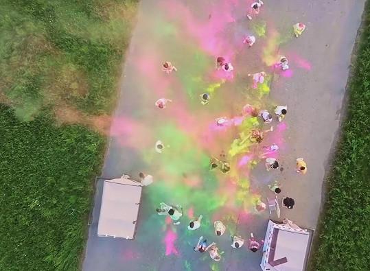 Natáčení bylo velmi barevné.