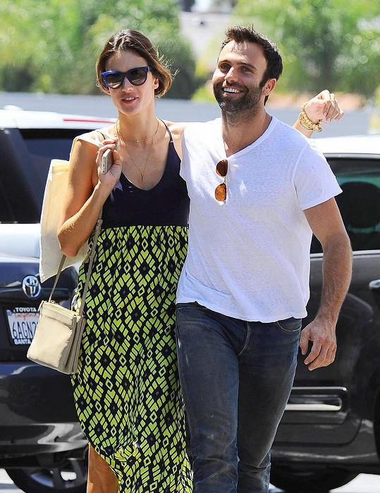 Alessandra Ambrosio s manželem Jamiem Mazurem.