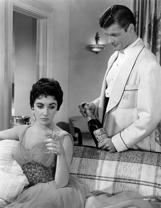 S Liz Taylor ve filmu Když jsem naposledy viděl Paříž (1954)