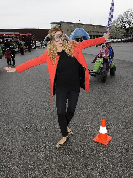 Barbora Mottlová přišla na akci oblečená ležérně.