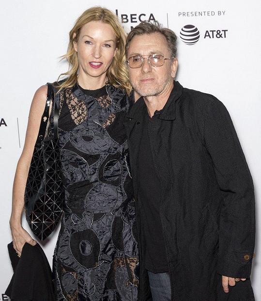 Tim Roth s manželkou Nikki Butler