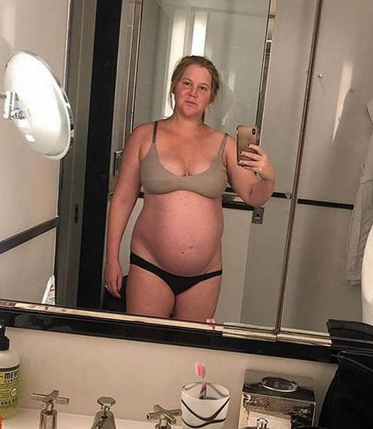 V těhotenství si prošla peklem.