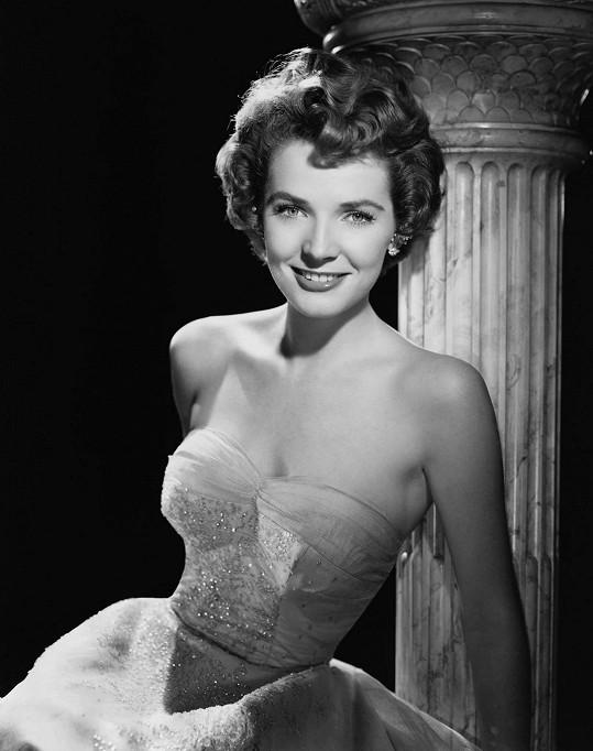 V mládí patřila mezi filmové ikony.