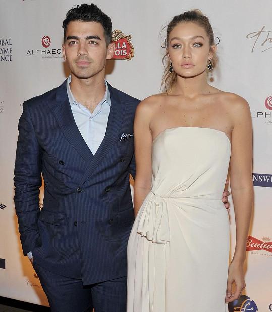 Joe Jonas a Gigi Hadid