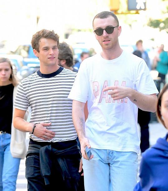Od jeho posledního a jediného vážného vztahu s hercem Brandonem Flynnem uplynuly dva roky.