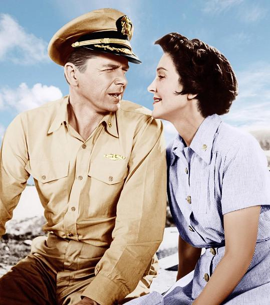 Roku 1957 si Nancy zahrála se svým mužem Ronaldem Reaganem ve válečném snímku Hellcats of the Navy.