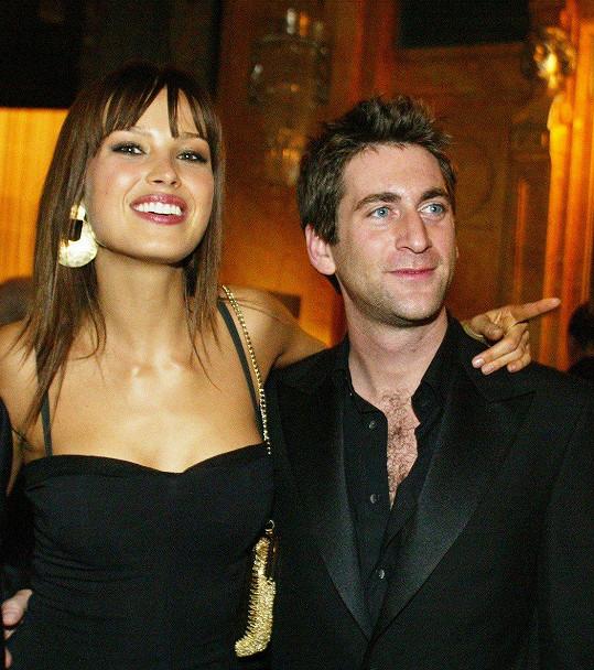 Petra Němcová v listopadu 2003 s partnerem Simonem Alteem, který tragicky zahynul při tsunami v Thajsku.