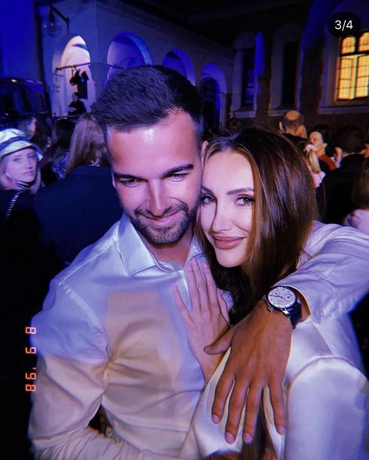 Taťána odjela s přítelem Martinem na dovolenou do Chorvatska.