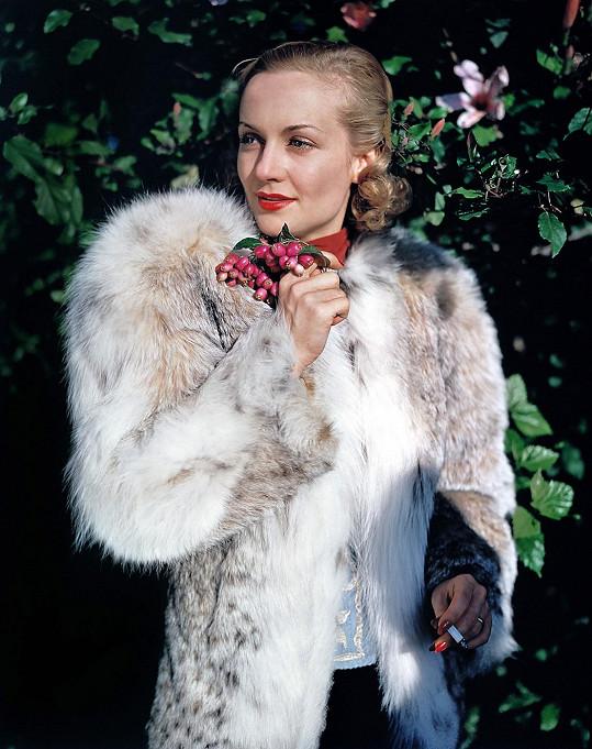 Carole Lombard byla obdivovanou herečkou. V roce 1936 byla nominovaná na Oscara.
