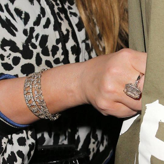 Jeden prsten vládne všem! A tohle byl rozhodně on, diamant s 35 karáty.