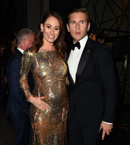 Allen Leech a Jessica Blair Herman čekají dítě.