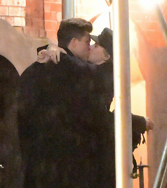 Scarlett Johansson a Colin Jost
