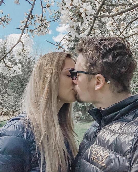 Lucie Kovandová s přítelem Petrem Holíkem