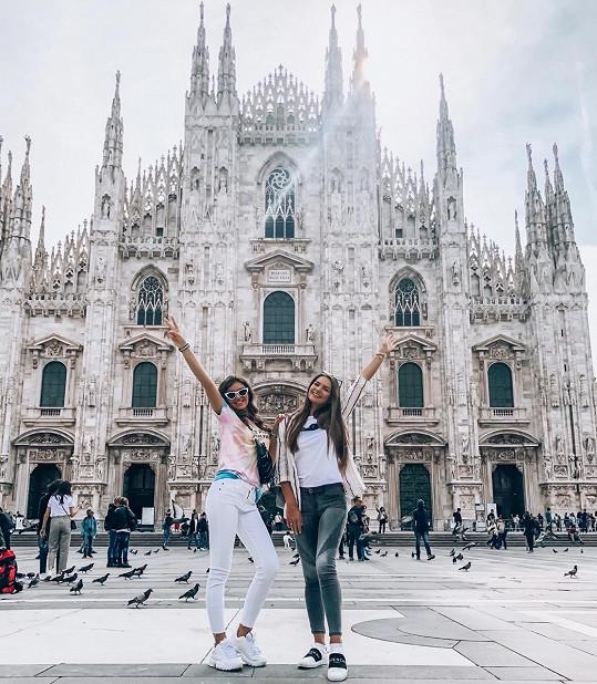 Mládá zpěvačka vyrazila do Milána.