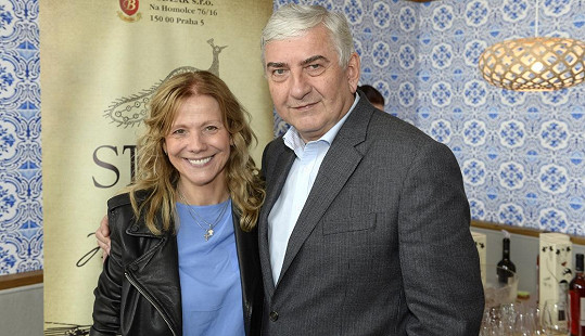 Lenka Filipová s Miroslavem Donutilem
