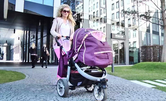 Dva měsíce po porodu je Olga opět fit.