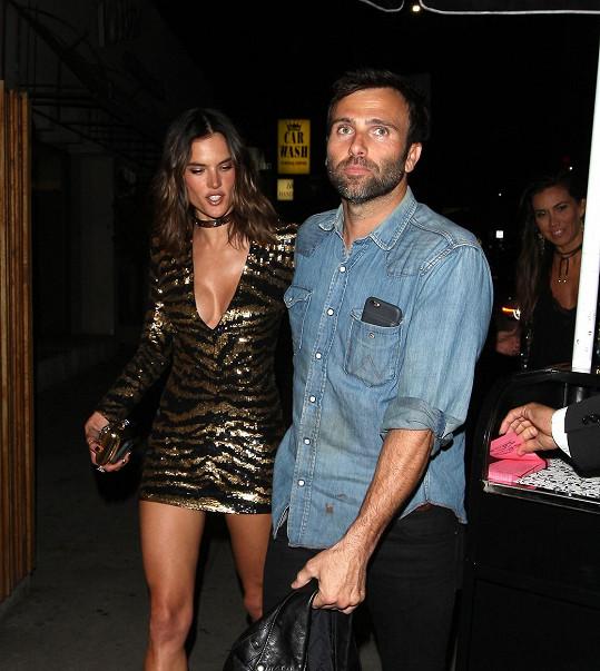 Dceru a syna Noaha má modelka s bývalým snoubencem Jamiem Mazurem.