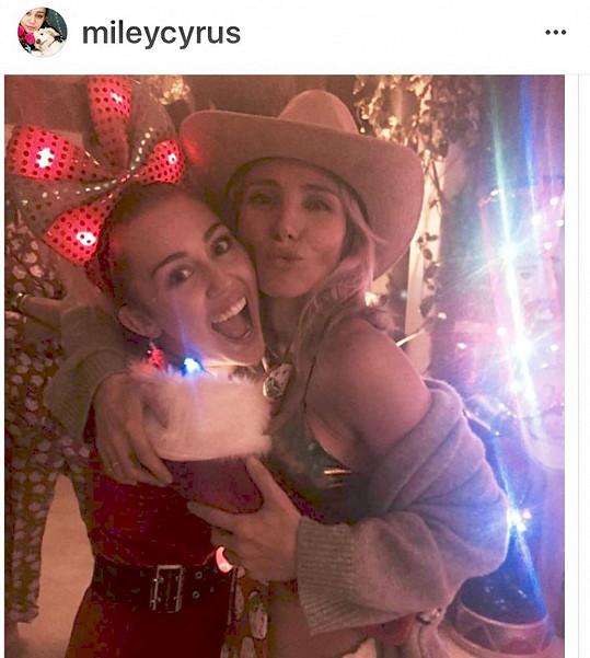 Elsa Pataky se vyjádřila k rozchodu Miley a švagra Liama.