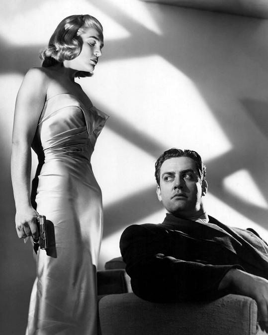 Raymond Burr v jedné z prvních filmových rolí. Psal se rok 1948.