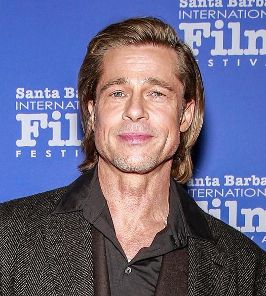 Hned za svým kamarádem se umístil Brad Pitt, jehož tvář je dokonalá na 90,51 %. Toto tvrzení také nelze vyvrátit.