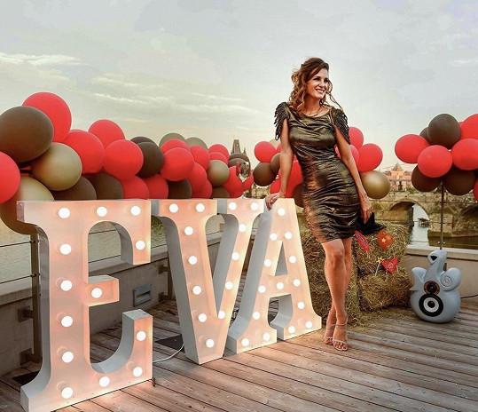 Eva Jasanovská uspořádala narozeninovou párty ve stylu seriálu Dallas.