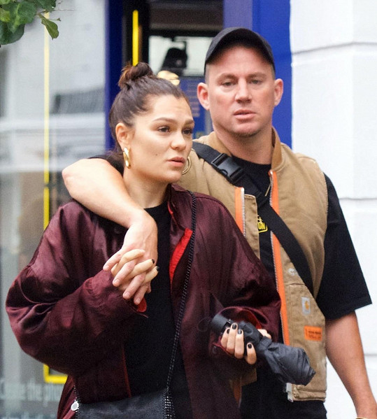 Jessie J ani partner Channing Tatum se nebojí jít s kůží na trh.