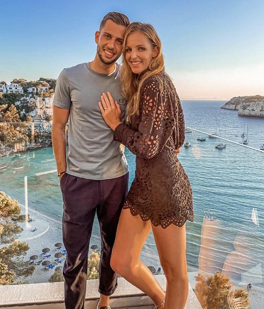 Kristýna Plíšková se zasnoubila.