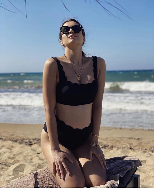 Maria Dušička se ukázala v plavkách.