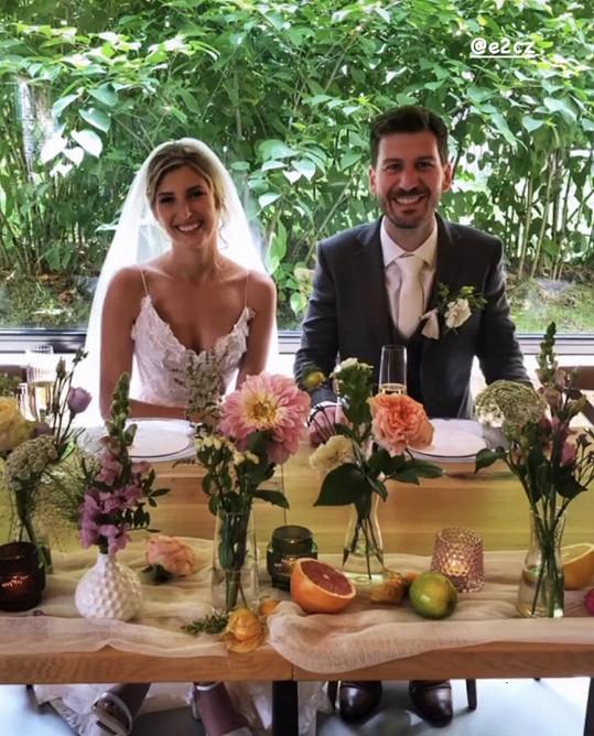 Novomanželé Říbalovi