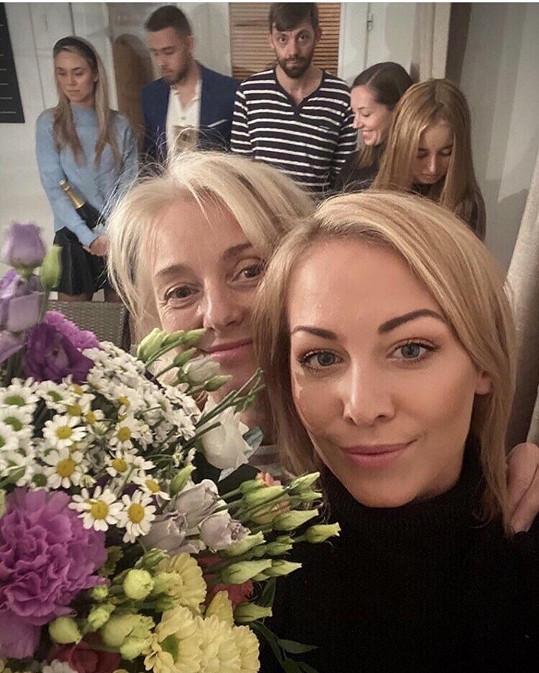 Svátky oslaví i s maminkou Veronikou Žilkovou.