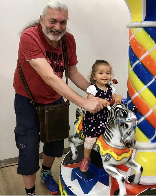 Dan s dcerou Rozárkou