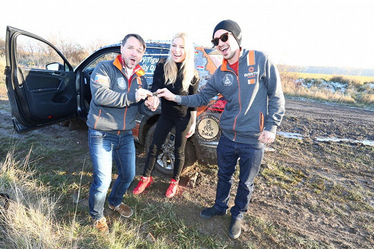 Vlastu na trénink s Liborem Podmolem přišla povzbudit Eva Perkausová.
