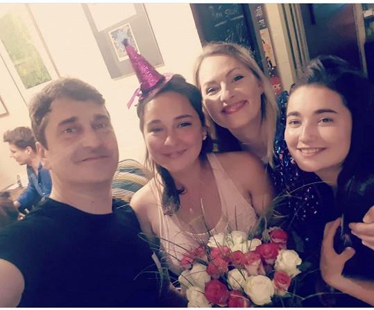 S manželkou Lídou a staršími dcerami Josefínou a Antonií